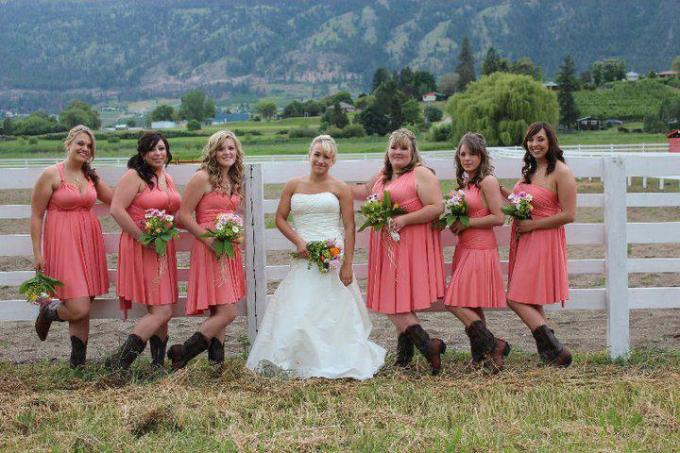 coral-v-neck-bridesmaid-dresses-with-cowboy-boots