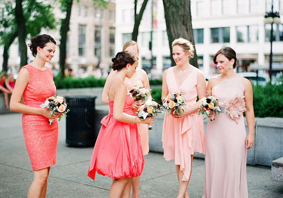 Pink-coral-Chicago-museum-wedding-5