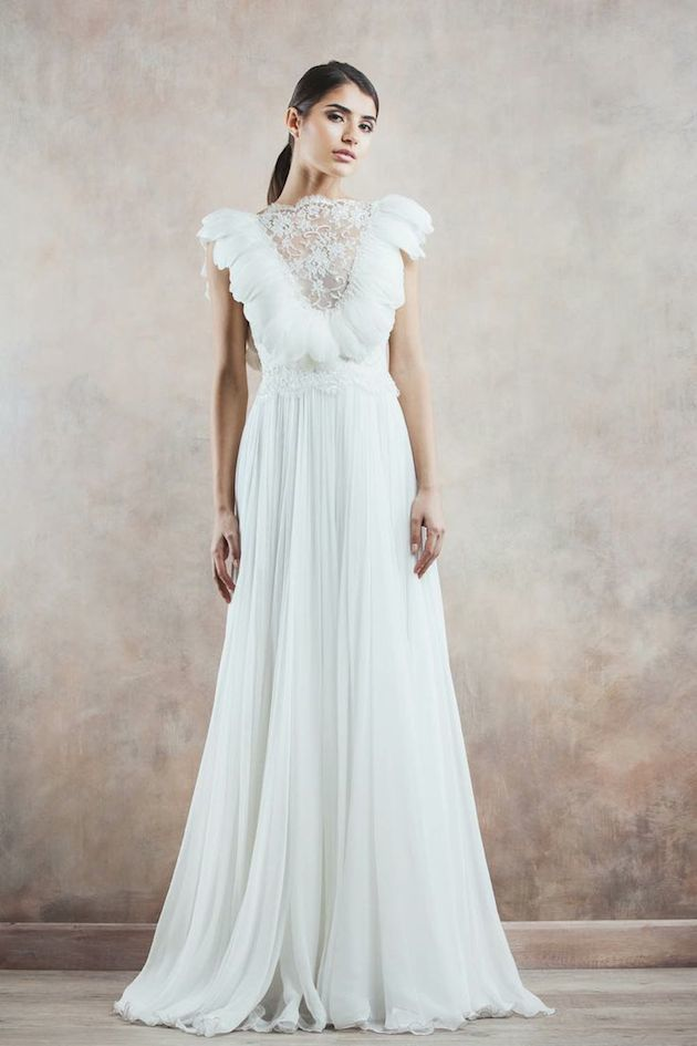 11Divine-Atelier-Wedding-Dress-Wedding-Dresses-With-Sleeves-Bridal-Musings-Wedding-Blog-1-