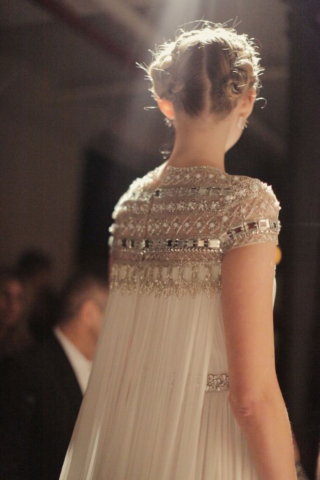 26Naeem-Khan-Wedding-Dress-Wedding-Dresses-With-Sleeves-Bridal-Musings-Wedding-Blog-3
