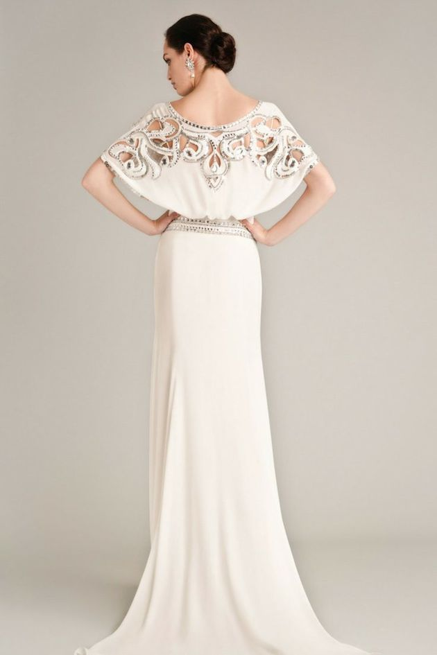 29Temperley-Wedding-Dress-Wedding-Dresses-With-Sleeves-Bridal-Musings-Wedding-Blog-2