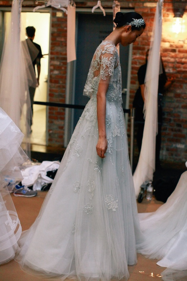 3Monique-Lhuillier-Wedding-Dress-Wedding-Dresses-With-Sleeves-Bridal-Musings-Wedding-Blog-3