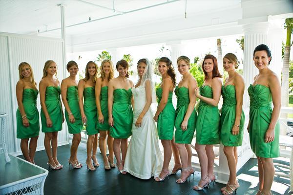 green-bridesmaid-dresses-6lpv8x9k