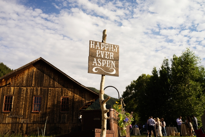 1 happily-ever-after-sign