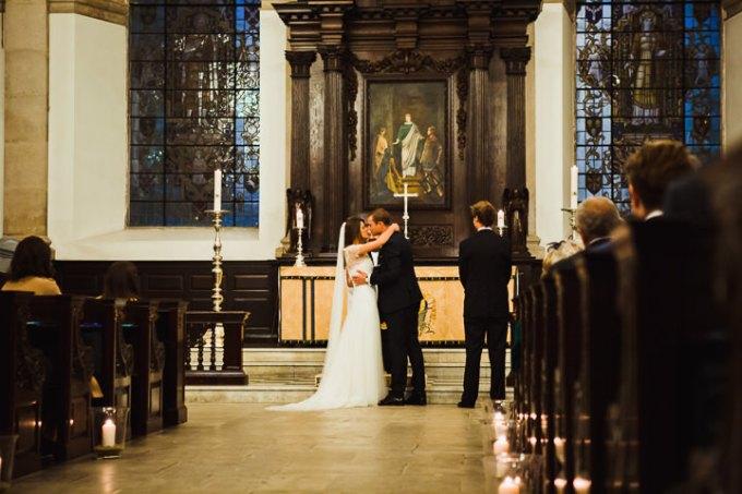 19-Modern-London-Wedding-By-Amy-B-Photography