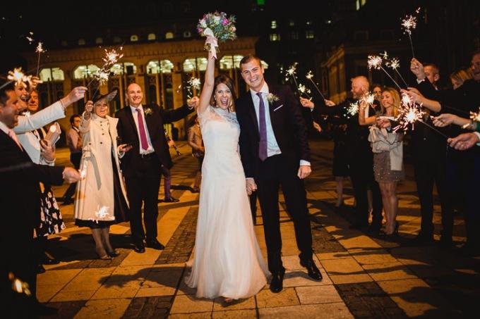 22-Modern-London-Wedding-By-Amy-B-Photography