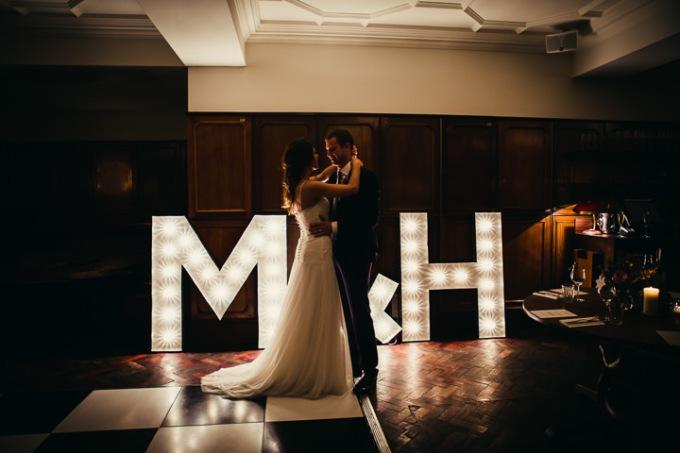 42-Modern-London-Wedding-By-Amy-B-Photography