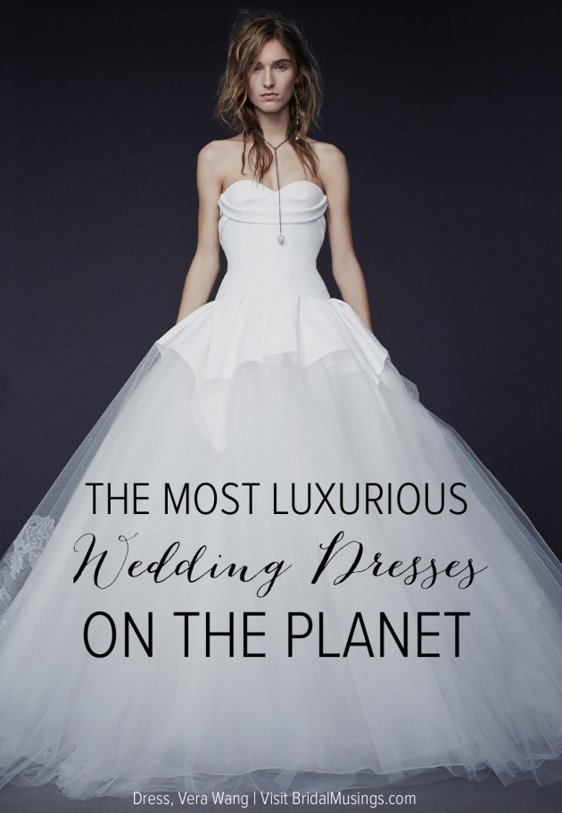 1 Vera-Wang-Wedding-Dress-Bridal-Musings-Wedding-Blog--630x911