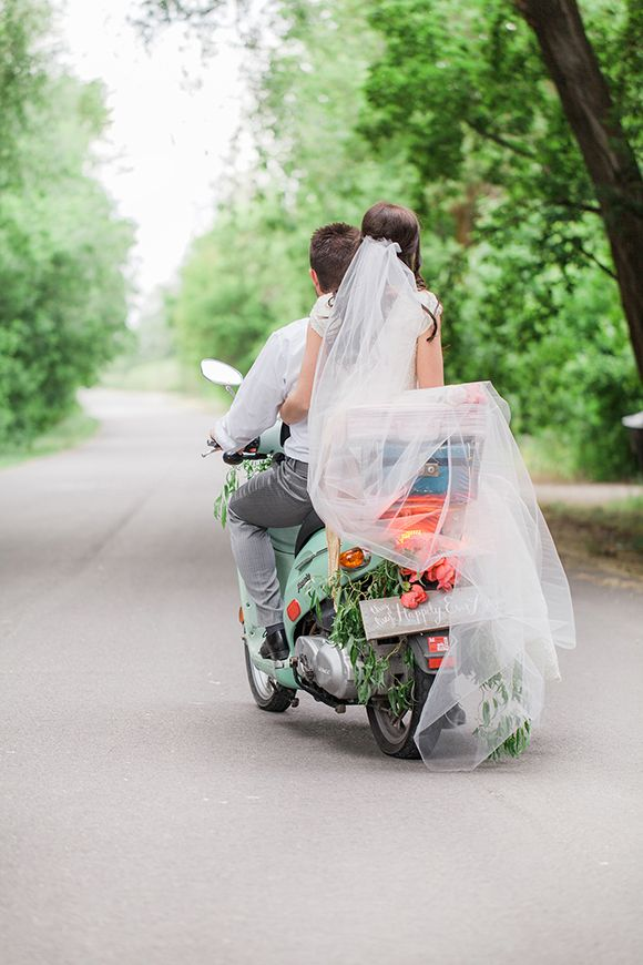 13 Vintage-Motorbike-3