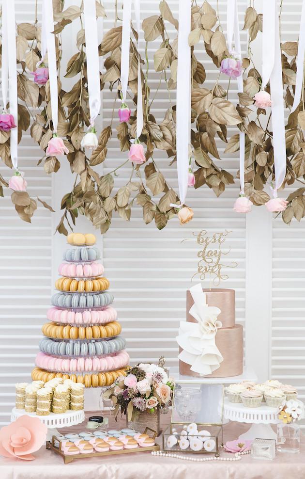 10 Mixed-Metallics-Wedding-Shoot-Chen-Sands-Photography-The-Wedding-Scoop-Bridal-Musings-Wedding-Blog-29-630x988