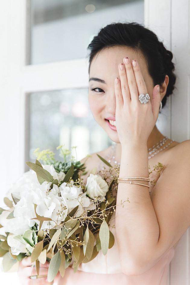 13 Mixed-Metallics-Wedding-Shoot-Chen-Sands-Photography-The-Wedding-Scoop-Bridal-Musings-Wedding-Blog-6-630x945