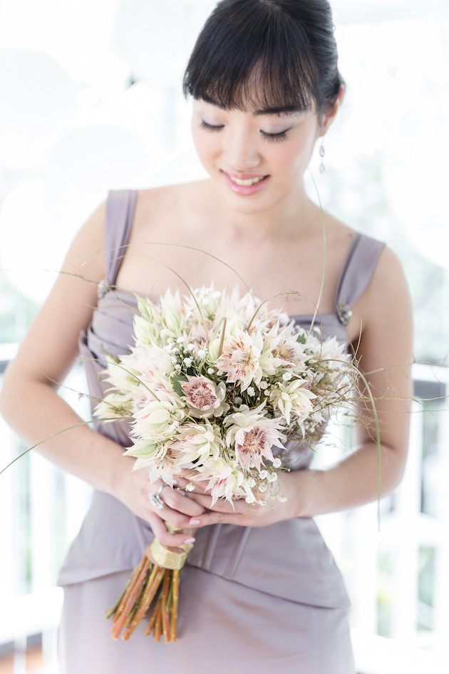 17 Mixed-Metallics-Wedding-Shoot-Chen-Sands-Photography-The-Wedding-Scoop-Bridal-Musings-Wedding-Blog-12-630x945