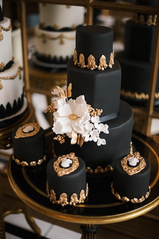5 Luxurious-Black-Gold-Wedding-Inspiration-Kate-Nielen-Photography-Bridal-Musings-Wedding-Blog-2-630x947