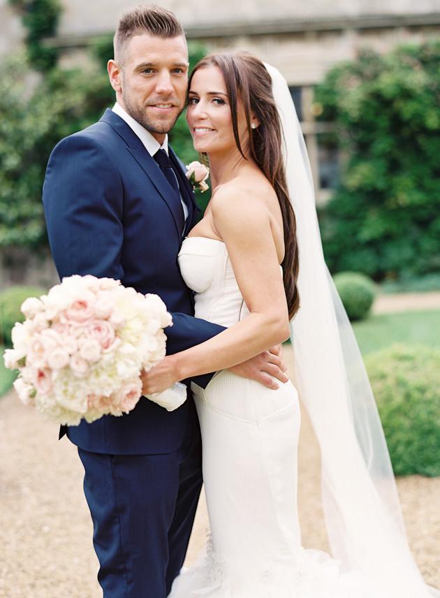 1 Glamorous-English-Wedding-Depict-Photography-Bridal-Musings-Wedding-Blog-28-630x856