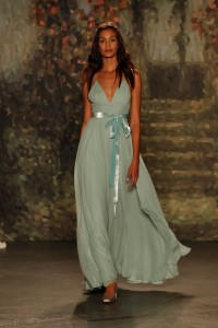14 Jenny-Packham-Wedding-Dress-Collection-2016-Bridal-Market-Bridal-Musings-Wedding-Blog-13-630x945