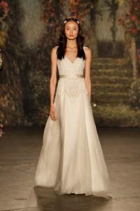 17 Jenny-Packham-Wedding-Dress-Collection-2016-Bridal-Market-Bridal-Musings-Wedding-Blog-16-630x945