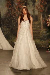 19 Jenny-Packham-Wedding-Dress-Collection-2016-Bridal-Market-Bridal-Musings-Wedding-Blog-18-630x945