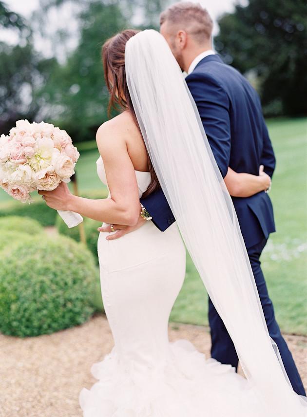 20 Glamorous-English-Wedding-Depict-Photography-Bridal-Musings-Wedding-Blog-34-630x856