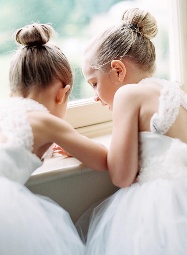 7 Glamorous-English-Wedding-Depict-Photography-Bridal-Musings-Wedding-Blog-12-630x856