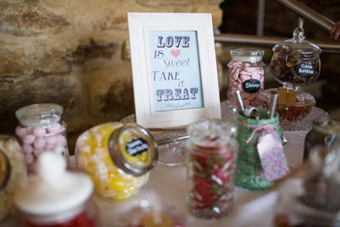 25-Rustic-Barn-Wedding-By-Binky-Nixon-Photography-720x480