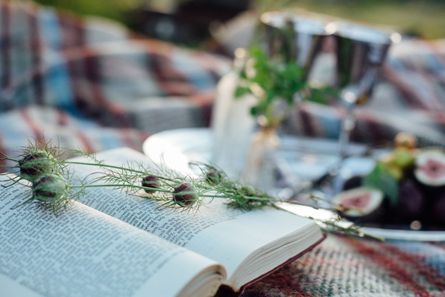 28 Dartmoor-Wedding-Inspiration-Shoot-Helen-Abraham-Adrian-Fisk-Bridal-Musings-Wedding-Blog-26-630x420
