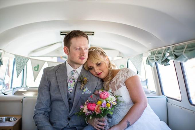 35-Rustic-Barn-Wedding-By-Binky-Nixon-Photography-720x480