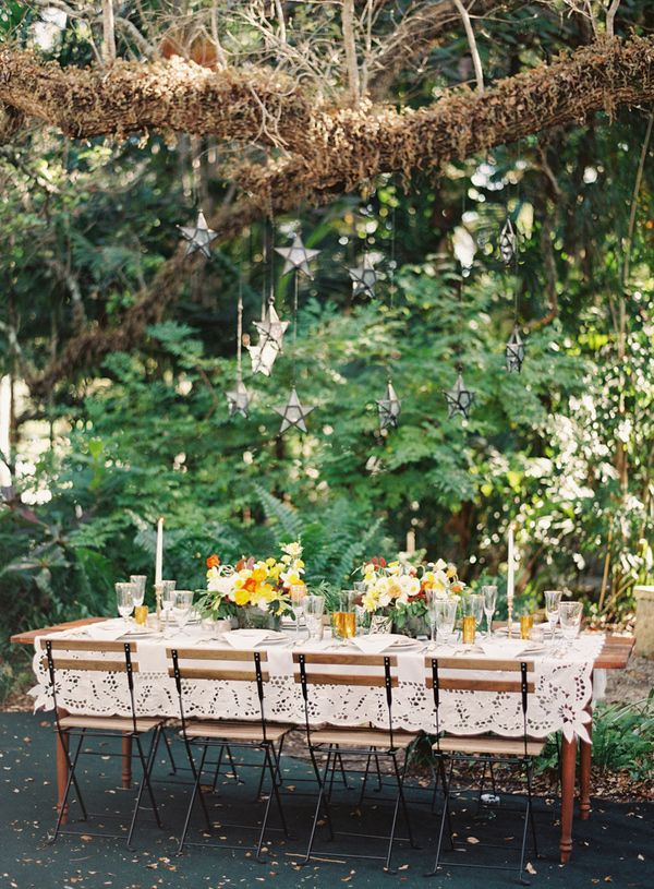 6 Yellow-Tablescape