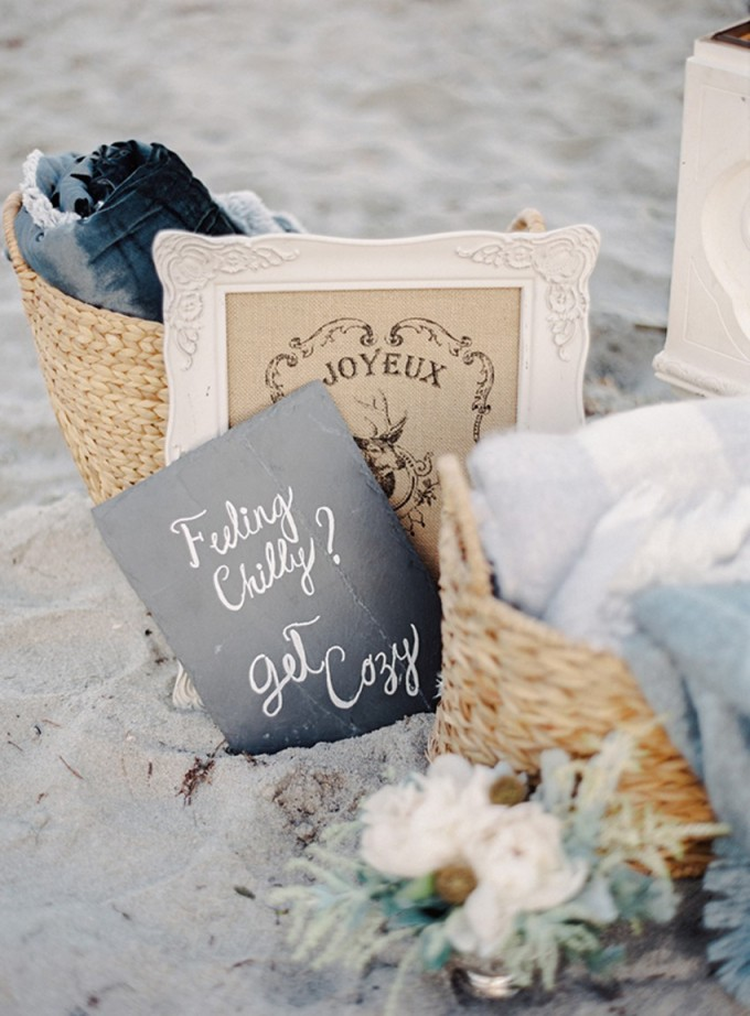 23-beachside-grey-skies-winter-blue-ocean-wedding-inspiration-weddings-unveiled-magazine-melanie-gabrielle-photography-35
