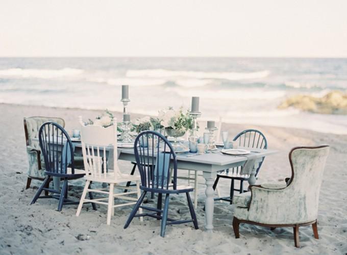 8-beachside-grey-skies-winter-blue-ocean-wedding-inspiration-weddings-unveiled-magazine-melanie-gabrielle-photography-30