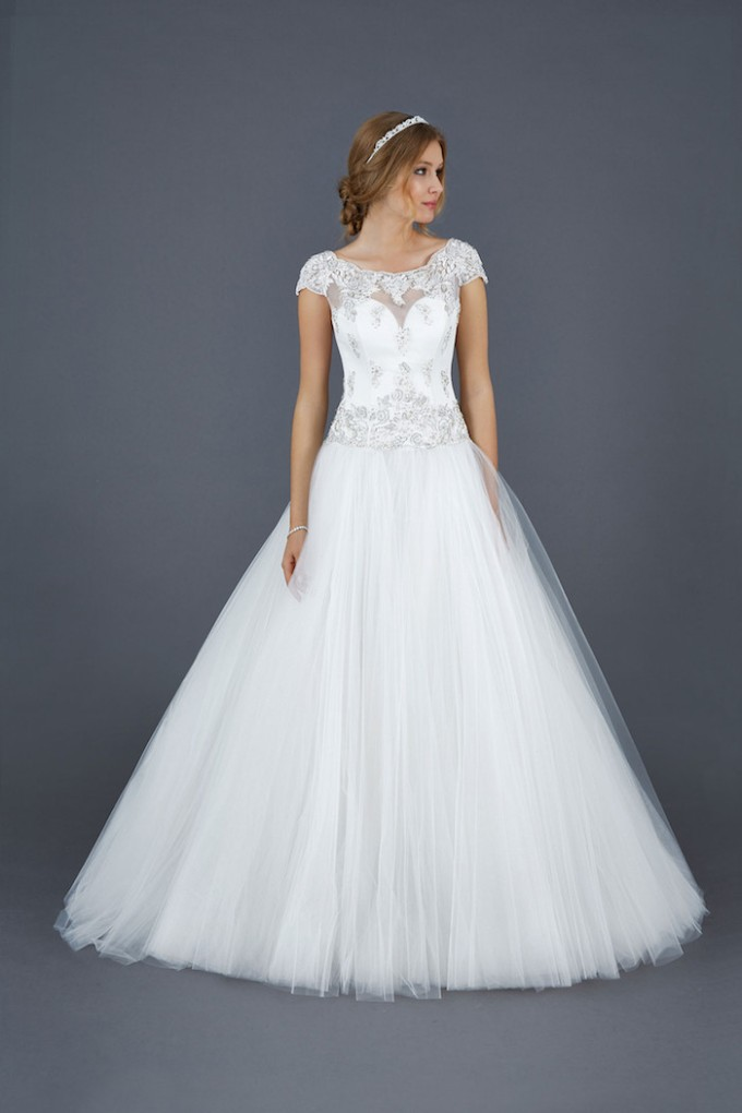 14 Atelier-Eme-Wedding-Dresses-2016-13-12022015-km