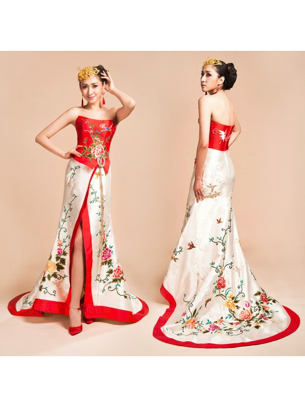 Asian-inspired-red-and-white-floral-birds-embroidered-long-halter-bridal-wedding-bridal-dress-004-600x800.jpg
